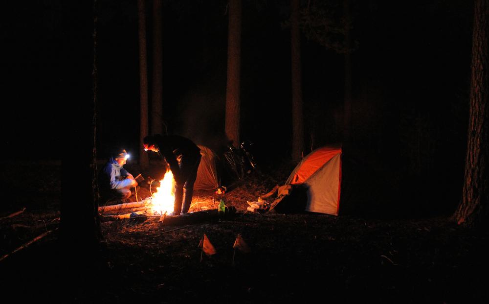 Iltapalaa Sazonovolaisessa metsässä